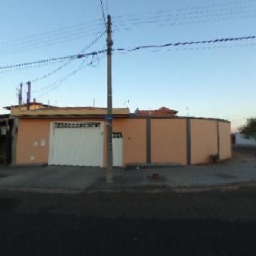 Alugar Casa / Padrão em São Carlos. apenas R$ 750.000,00