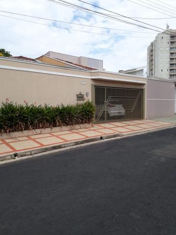 Alugar Casa / Padrão em São Carlos. apenas R$ 1.500,00